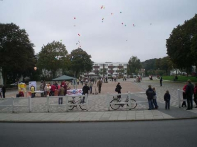 Ballonaktion Kirchsteinbeker Marktplatz 13