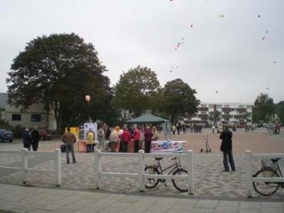 Ballonaktion Kirchsteinbeker Marktplatz 14