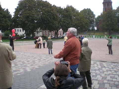 ballonaktion_kirchsteinbeker_marktplatz_2_20070923_1267830851.jpg