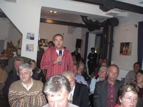 podiumsdiskussion_bilder_von_thomas_ritter_22_20071011_1679203405.jpg