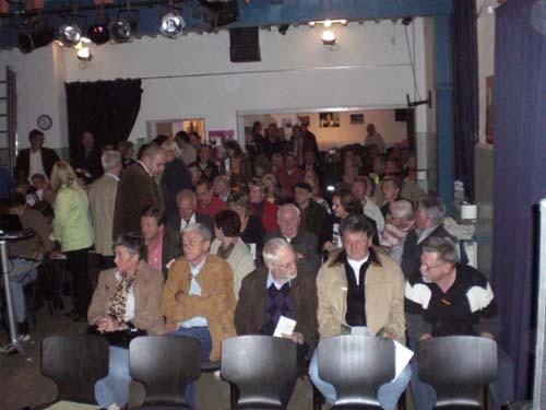 podiumsdiskussion_bilder_von_thomas_ritter_4_20071011_1487808732.jpg